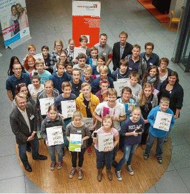 """Clever im Internet unterwegs - Projekt Medienscouts: Schüler unterstützen Schüler"